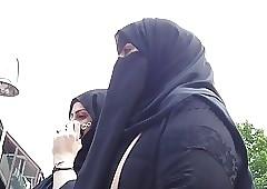 Wolter's Hijab Trollop 002A