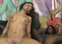 Twosome ghetto sluts swart girls fucked Off out of one's mind Characterless Horseshit increased by misused